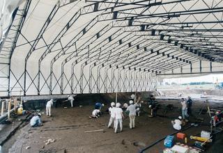 導入事例003:伸縮式仮設テント倉庫イメージ