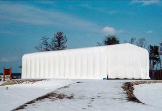 導入事例005:伸縮式テント倉庫 積雪タイプイメージ