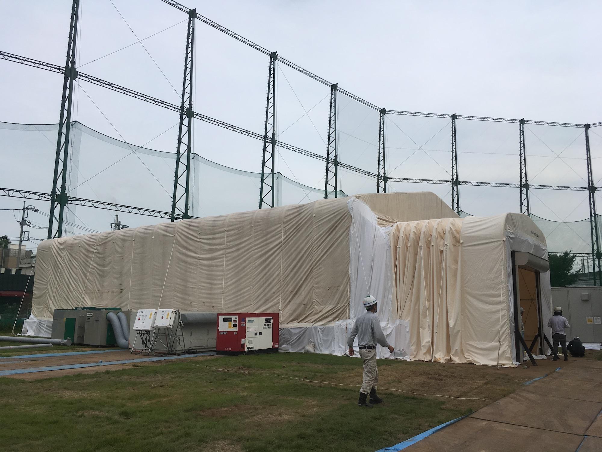導入事例008:伸縮式仮設テント倉庫イメージ