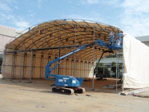 固定式仮設テント倉庫の設置の様子3